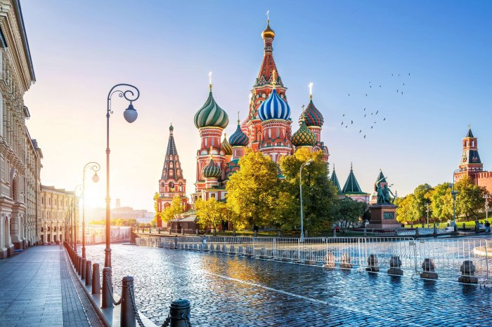רוסיה –  סטאלין ובריז'נייב מהמלחמה הגדולה למלחמה הקרה