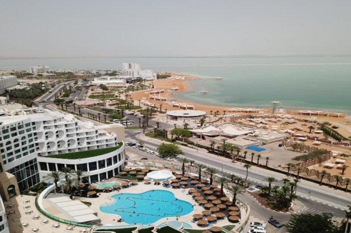 29-31 ליולי: להקת הביטלס במלון דניאל ים המלח